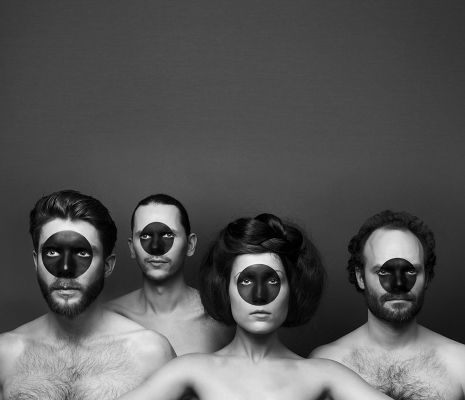 01 Pentatones Ouroboros Foto RobertRaithel